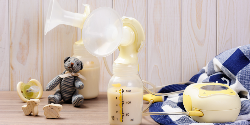 What are the benefits to using a breast pump?